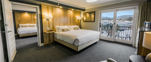 Upscale hotel accommodations on Lake Winnipesaukee